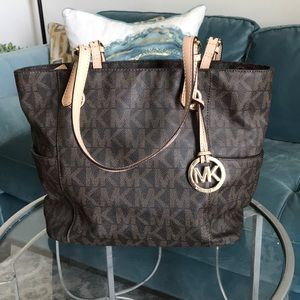 Michael Kors Tote! Perfect condition!